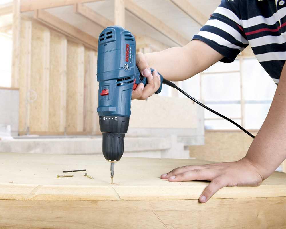 Parafusadeira - ferramentas na construção civil