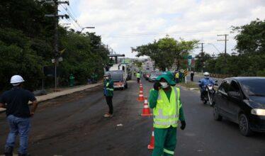 Obras na rodovia AM-10 geram 10 mil novas vagas de emprego