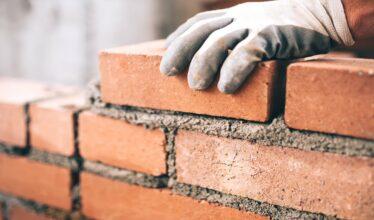 Levantamento realizado pela CBIC revela que estão faltando mão de obra qualificada para ocupar vagas no setor de Obras e Construção Civil